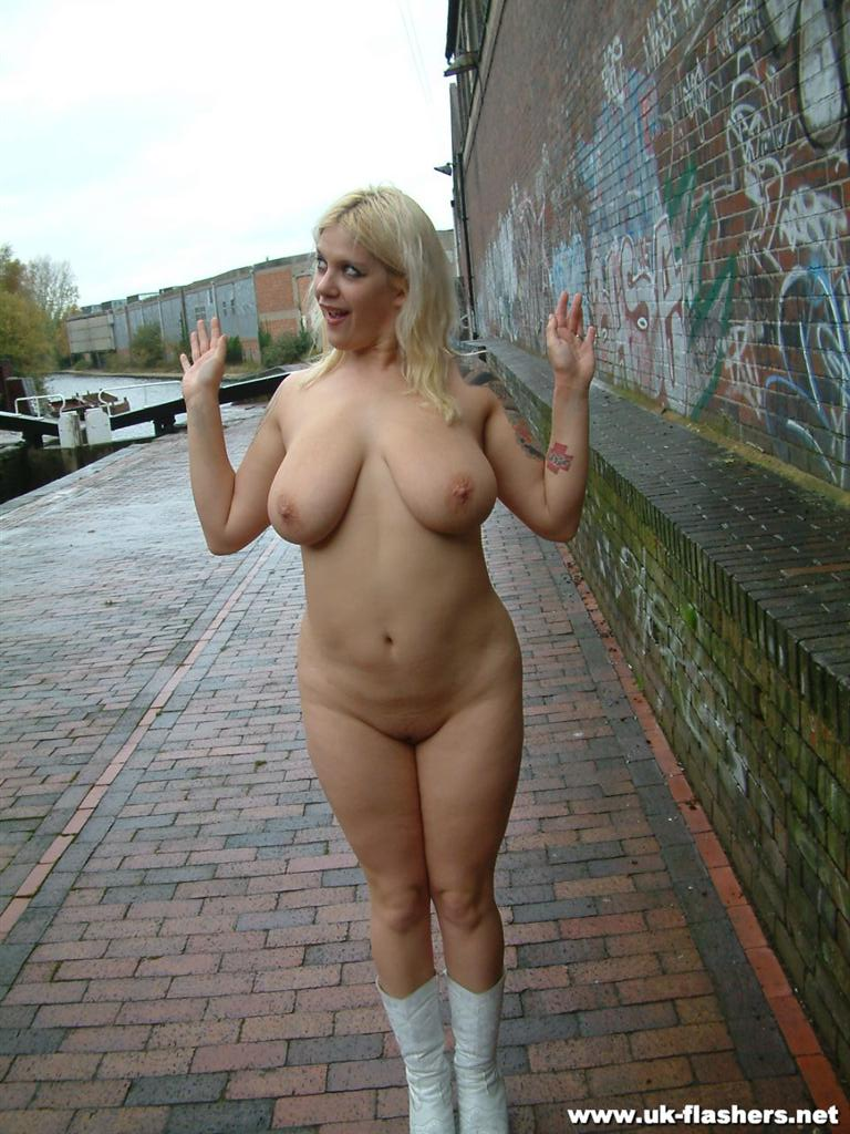 amateur video nude public